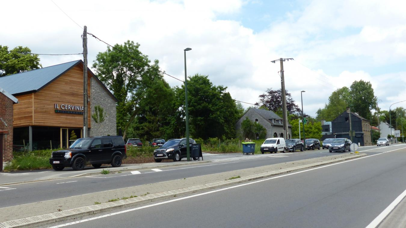 Nandrin: manque de places de parking, route du Condroz