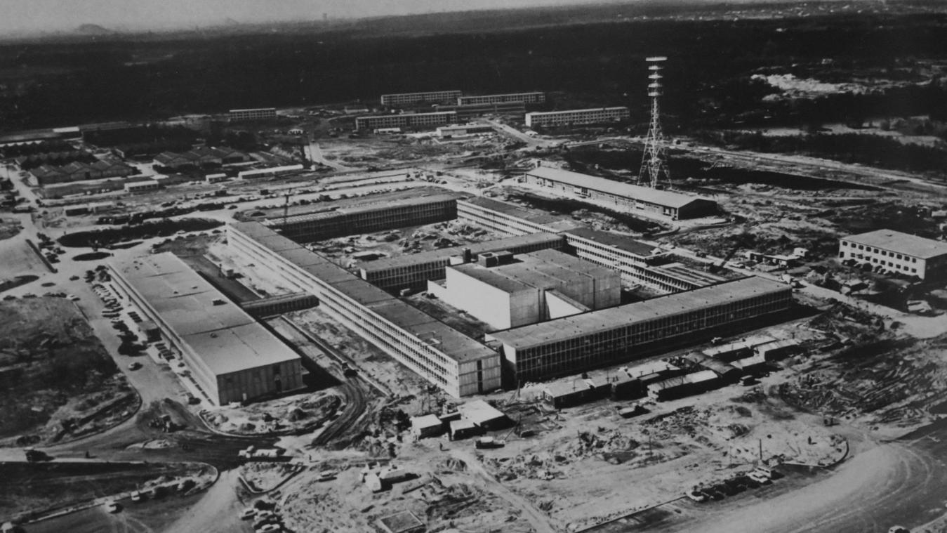 Le SHAPE en construction, en 1966.