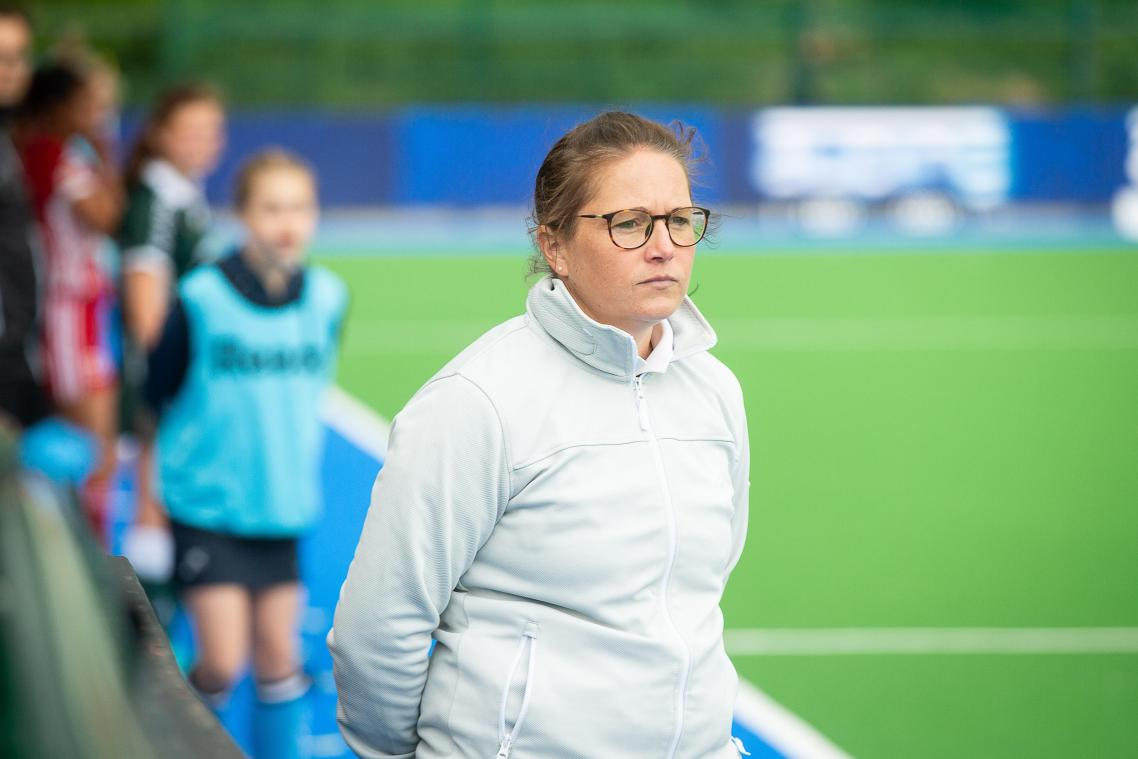 Watducks' coach Lisa Wooding pictured during a hockey game between KHC Dragons and Antwerp, the first leg of the finals of the playoffs of the 'Belfius league' Belgian women's hockey competition, Thursday 10 May 2018 in Boom. BELGA PHOTO JAMES ARTHUR GEKIERE