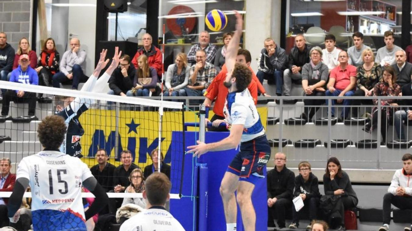 Volley: Waremme s'incline 0/3 contre Roulers