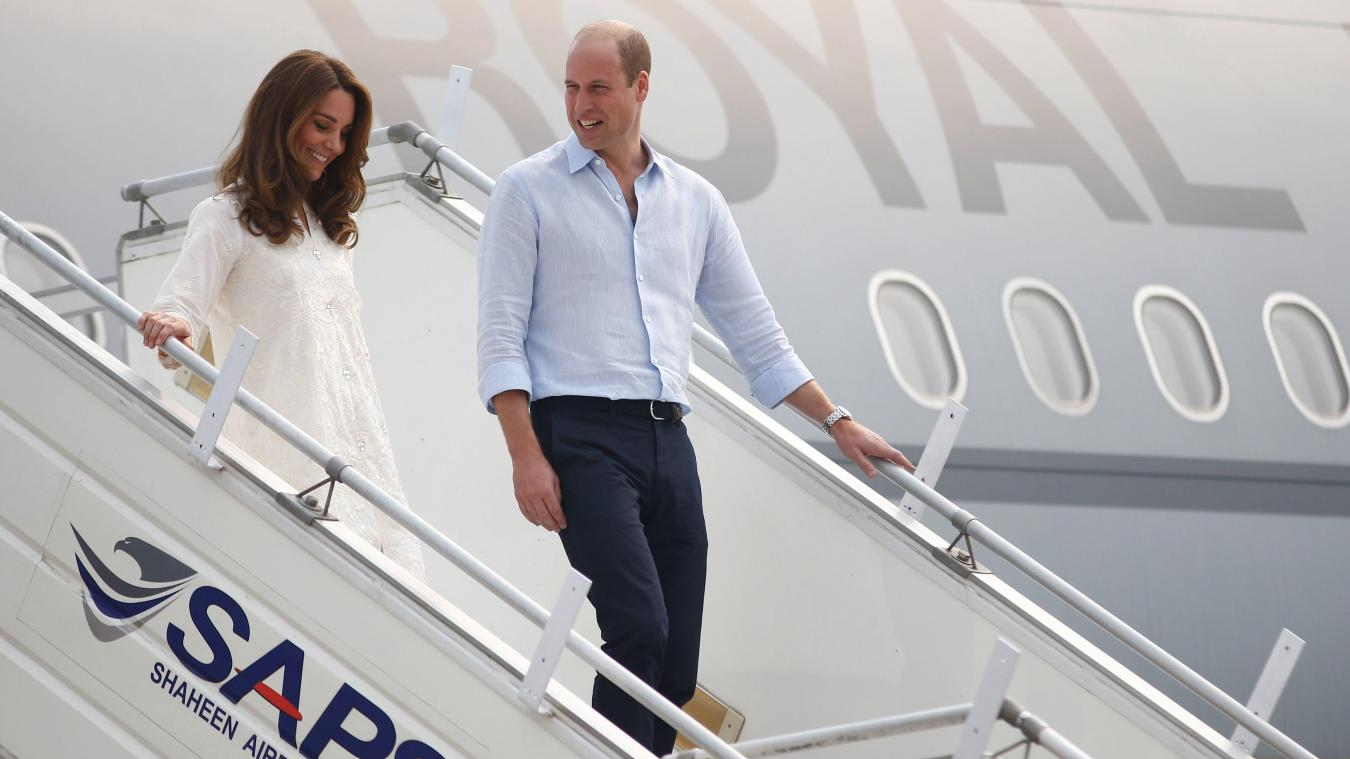 L'avion du prince William et Kate Middleton atterit d'urgence