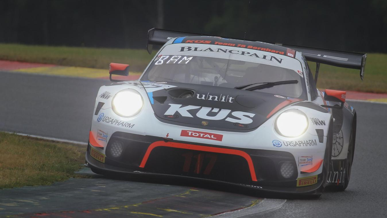 Vanthoor 3e de la course qualificative de la World Cup FIA GT