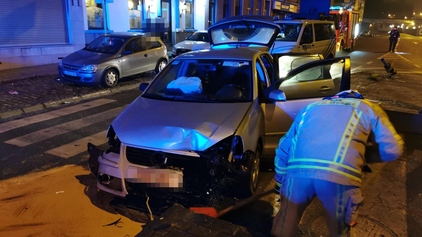 Accident à Dampremy: il percute l'îlot central