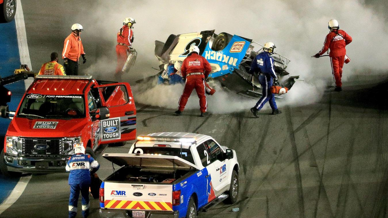 Terrible accident pendant la mythique course automobile des Daytona 500