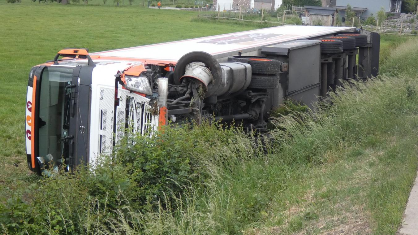 Le camion accidenté.
