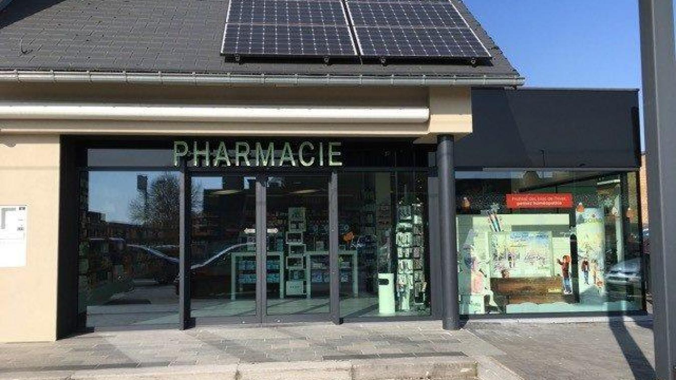 Le pharmacie Chapelle, à Bouge, ne met plus de clients sur sa liste d'attente.