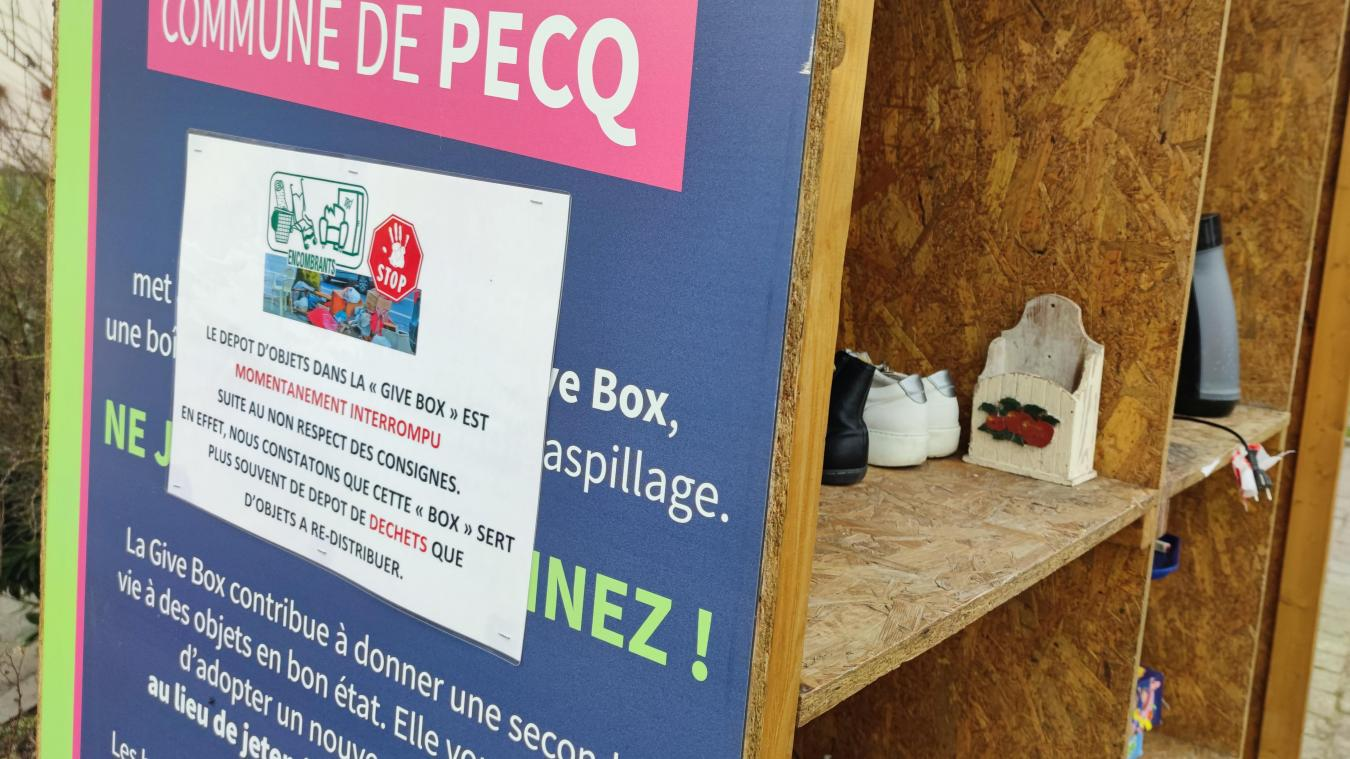 La Give Box, près de la maison communale.